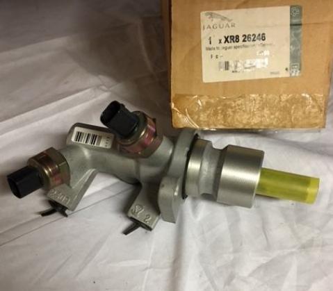 Hoofdrem cilinder XR826246 JAGUAR S-TYPE Remmen