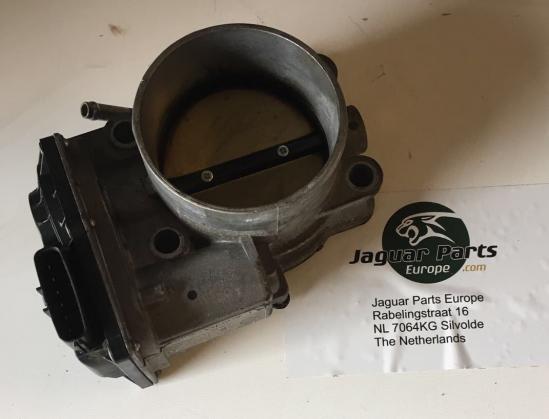 Gasklephuis AJ811690 JAGUAR XJ 351 Motoren
