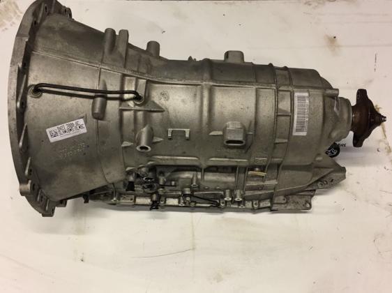 Automaatbak + koppelomvormer 9X23-7000BC-C2D19586 JAGUAR XJ 351 Transmissie