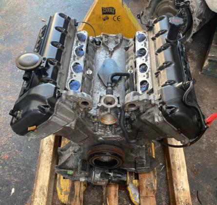 Motorblok AJ83784N JAGUAR XK8 - XKR Motoren