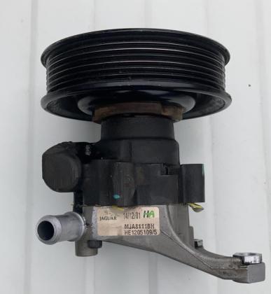 Stuurpomp MJA8111BH  JAGUAR XK8 - XKR Motoren