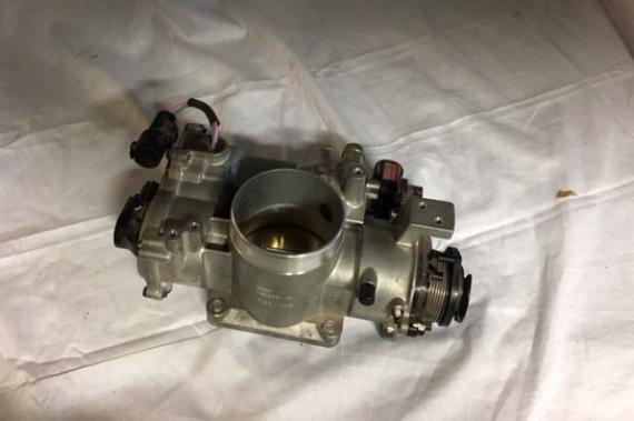 Gasklephuis C2A1444 - C2A1445 JAGUAR XK8 - XKR Motoren