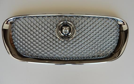 Grill model 2008-2011 JAGUAR XF Body