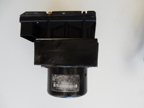 ABS pomp unit JAGUAR XK8 - XKR Remmen